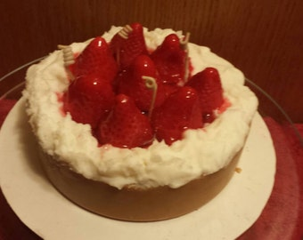"""6"""" Strawberry Cheesecake Candle"""