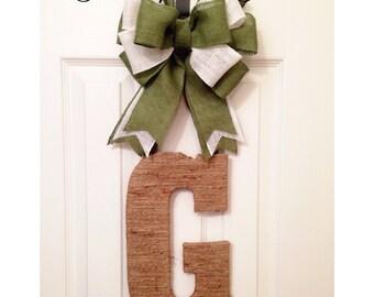 Door hanger, twine door hanger, can do any initial