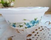 French vintage  arcopal cup , small arcopal bowl, myosotis decor, blue flower decor
