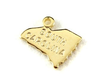 2x Gold Plated Engraved South Carolina State Charms - M114-SC