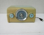 Vintage,small,electric,AC,portable radio with plug,AM FM, good working condition,blue, aqua, yellow, green,Retro,50's, 60's, 70's