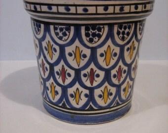 Vintage Pottery Flower Pot /MEMsArtShop.