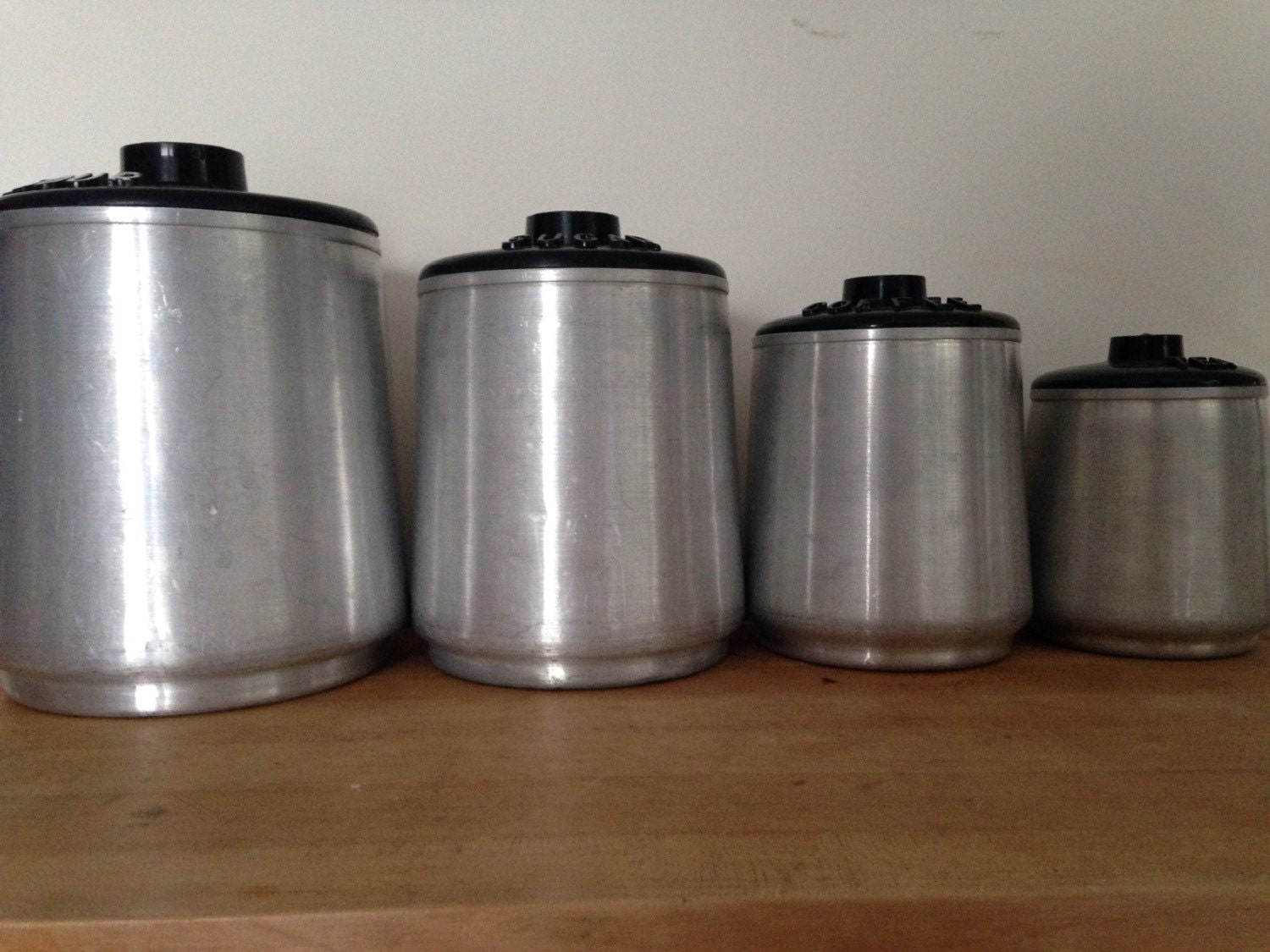 vintage aluminum canisters from the 50s 60s flour sugar. Black Bedroom Furniture Sets. Home Design Ideas