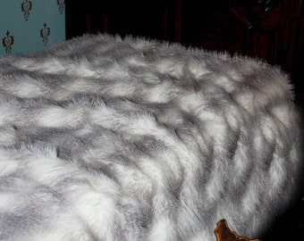 FUR ACCENTS Faux Fur Bedspread  Plush Arctic  Wolf Fur / White with Gray Stripe