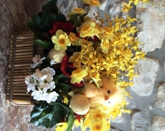 Easter Table Basket with Daffodils and Chicks