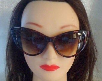 Vintage Retro Tortoise Cat Eye Sunglasses