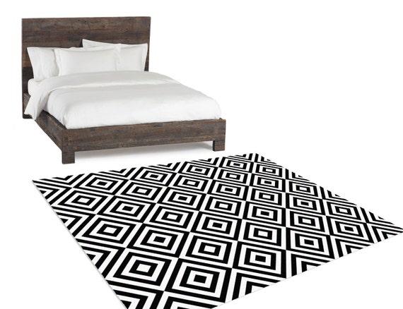 black and white rug geometric rug bedroom rug by hawkerpeddler. Black Bedroom Furniture Sets. Home Design Ideas