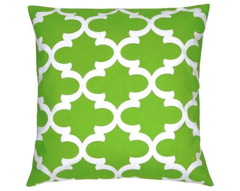 Grid Bob Green-and White Cushion cover 40 x 40 cm