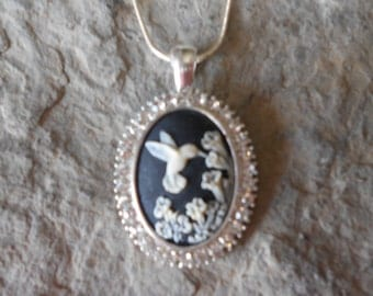 """You Choose the Color - Stunning Hummingbird Cameo Pendant Necklace - With Rhinestones - .925 plated 22"""" Chain--- Great Quality"""