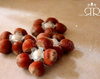 Sofreh Aghd Nuts,hazelnut flower with pearl center