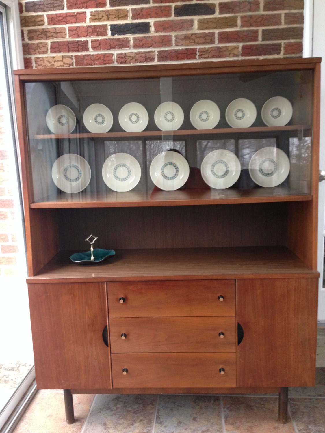 Cool Mid Century Stanley Hutch Credenza Buffet China