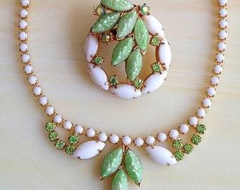 GORGEOUS Peridot Green & Milk Glass Necklace and Pin SET