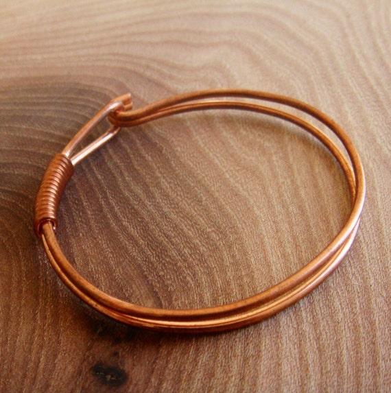 Copper Wire Bracelet / Copper bangle with fastener