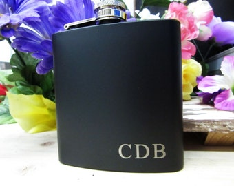 Father of Bride Gift, Father of Groom Gift, Groomsmen Gift, Personalized Flask with Initials
