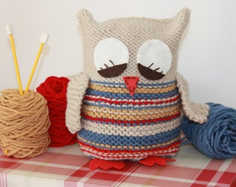 Toy Knitting Pattern PDF Sleepy Barn Owl
