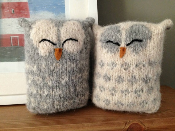 Owl Cushion Knitting Pattern : Love Owls Knitting Pattern