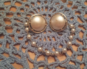 Vintage Faux Pearl Womens Sweater Clip