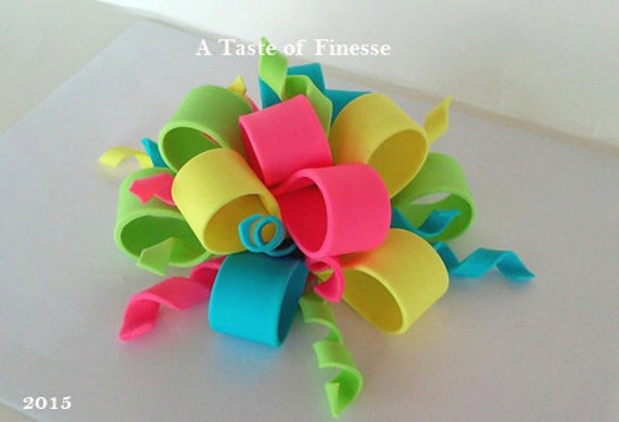 Items similar to Fondant Bow Cake Topper, Fondant Bow Cake ...
