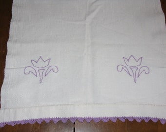 Vintage hand stitched purple dish towel crocheted edge tulip flowers