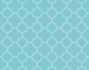 SPARKLE Aqua Quartrefoil, from Riley Blake Designs