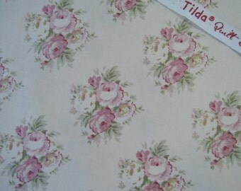 "Fat Quarter of  Tone Finnanger Tilda Quilt Collecion Apple Bloom Fabric - Lizzie Pink. Approx. 18"" x 22"""