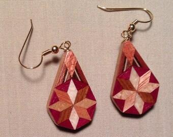 Wood quilt teardrop dangle-star is dime size
