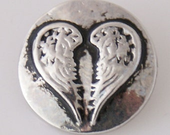 KB7789  Antiqued Silver Angel Wings