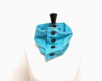 Turquoise buttoned collar n. 2