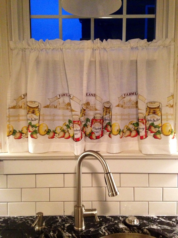 Vintage Kitchen Cafe Curtains Excellent Condition by milliewinks