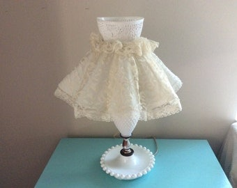 Mid century white milk glass lamp feminine lace lamp from the 50s cottage chic