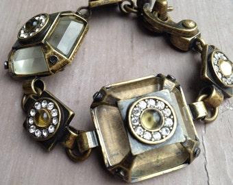 Artemisia's bracelet