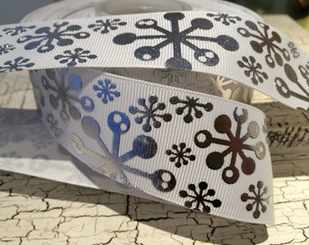 "1.5"" Frozen SIlver Metallic MODERN SNOWFLAKE on White Grosgrain Ribbon sold by the yard"