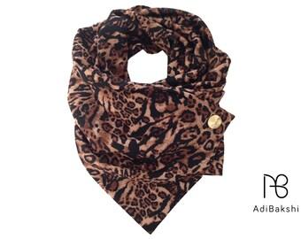 Leopard Scarf, Leopard Print Scarf , Button Scarf , Animal Scarf , Chunky Fashion Scarf , Infinity Scarf , Trendy Scarf