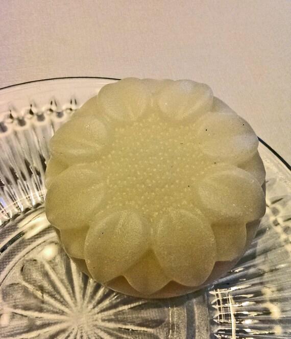 Fresh Coconut Sugar Scrubby Soap
