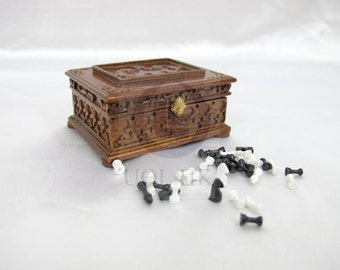 1:12 Scale Miniature Victorian Chess With Case For Doll House[Finished in walnut]