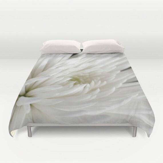 Duvet Cover, White Flower, Macro Photography, Neutral Colors, Light Bedding, Romantic Bedroom, Home Decor, Interior Design, Spider Mum