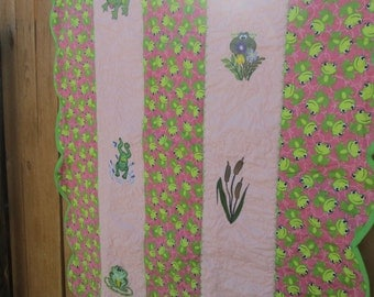 Feeling froggy baby quilt