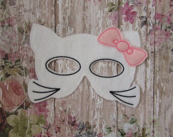 Machine Embroidery Design,  kitty mask in the hoop