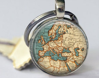 EUROPE Map Key Chain, round shape, or You choose the special place in the heart