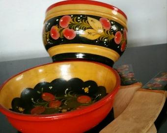 2 Vintage Russian Khokhloma Hand Painted Lacquer Bowls And 2 Flat Cake Spatulas