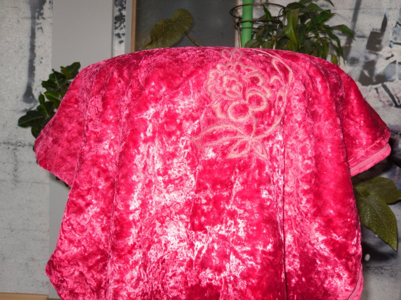 125 Yard Velvet Fabric Plush Carpet Throw Rug Luxurious Boho