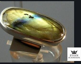 Ring Labradorit - Einzelstück in liebevoller Handarbeit gefertigt. Edelsteinring
