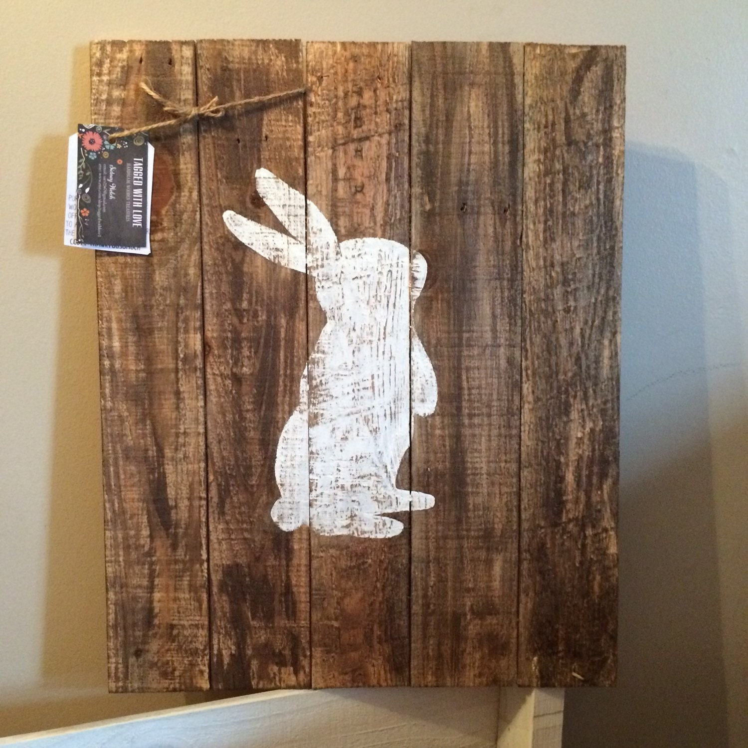 Easter decor bunny silhouette pallet decor home for Rabbit decorations home