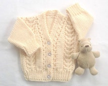 Baby cardigan - 6 to 12  months - Baby shower gift - Baby knit clothes - Infant clothing - Baby knitwear