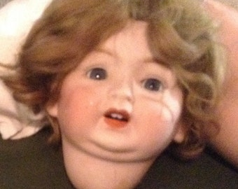 Wonderful Vintage Porcelain Baby Doll Head