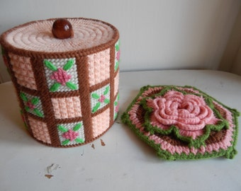 Kitschy Crochet Toilet Paper Cover and Pot Holder!