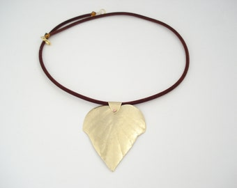Hammered Bronze Contemporary Necklace Metalwork Leaf Pendant Brass Unique Cold Connection Modern Necklace