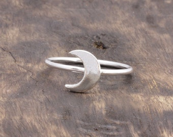 925 sterling silver simple crescent moon ring , half moon ring, gift for her (R_00012)