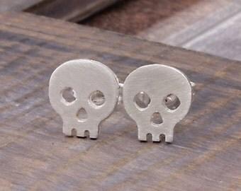 925 sterling silver happy skeleton stud earrings (E_00013)