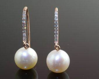 14ct Diamond Hooks with Freshwater Pearls